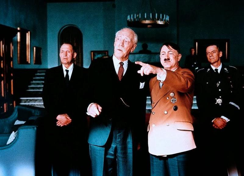 Hamsun och Hitler i scen från Hamsun (1996)