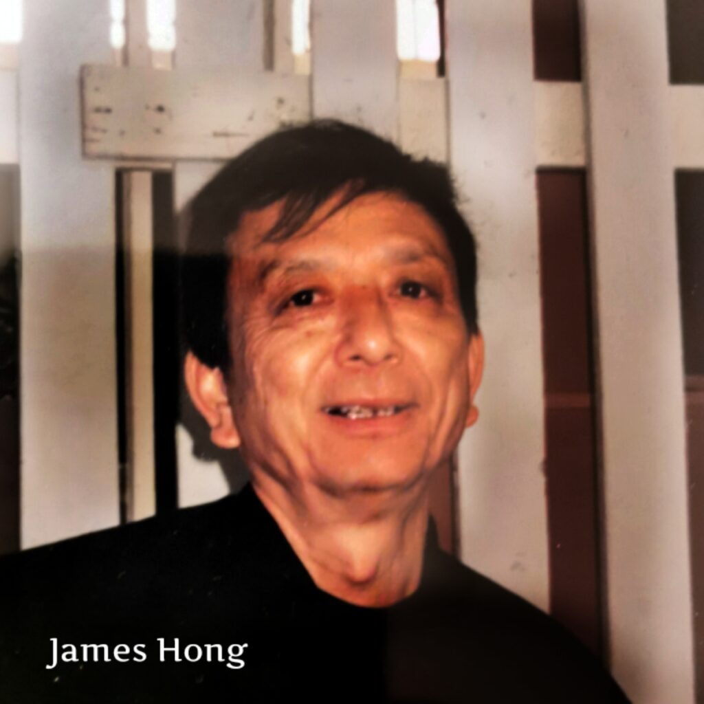 James Hong med bordstorkad tupé